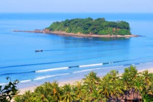 Ngwe Saung, Ngapali Beach Myanmar, Top 20 Beaches in the world, Myanmar beaches, best hotels in Myanmar, best restaurants in Myanmar, things to do in Myanmar, Ngapali Tours & Activities, best Myanmar beaches