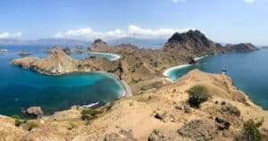 Komodo Island National Park, Komodo Island Indonesia, Komodo Island beaches, best Indonesia beaches, beach travel, best Komodo Island Hotels, best Komodo Island restaurants, best Komodo Island bars, best things to do in Komodo Island, beach travel destinations, Komodo Island snorkeling