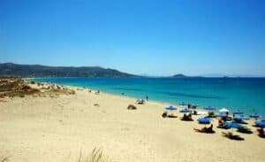 Plaka Beach, Naxos Greece, The Cyclades, best Naxos beaches, best Naxos hotels, best Naxos restaurants, best Naxos bars, things to do in Naxos, Recommended Naxos tours & activities