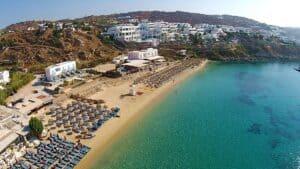 Psarou Beach, Mykonos Greece, the Cyclade Islands, best Mykonos beaches, best Mykonos hotels, best Mykonos restaurants, best Mykonos bars, things to do in Mykonos, recommended Mykonos tours & activities
