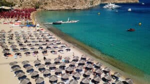 Super Paradise Beach, Mykonos Greece, the Cyclade Islands, best Mykonos beaches, best Mykonos hotels, best Mykonos restaurants, best Mykonos bars, things to do in Mykonos, recommended Mykonos tours & activities