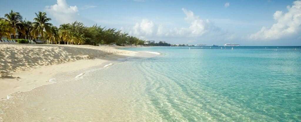 Seven Mile Beach, Grand Cayman, Top 20 Beach Destinations in the World 2020, World's best beaches
