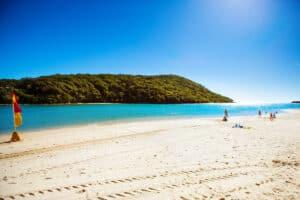 Tallebudgera Beach, Burleigh Heads Australia, things to do in Burleigh Heads, best Burleigh Heads hotels, best Burleigh Heads restaurants, best Burleigh Heads beaches