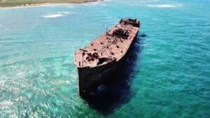 Shipwreck Beach, Lanai Hawaii, best Hawaii beaches, best Lanai beaches, beaches of Hawaii, Lanai Travel, best Lanai hotels, best Lanai restaurants, best Lanai nightlife, things to do in Lanai
