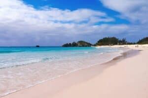 Horseshoe Bay Beach, best Bermuda Beaches, Bermuda Travel Guide, best Bermuda hotels, best Bermuda restaurants, best Bermuda tours & activities, things to do in Bermuda, best Bermuda bars, Bermuda Travel Guide