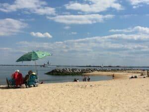 Outlook Beach Virginia, Colonial Beach Virginia Hotels, best Virginia beaches, best Colonial Beach hotels, things to do in Colonial Beach, best Colonial Beach Restaurants, best Colonial Beach bars, best time to visit Colonial Beach,