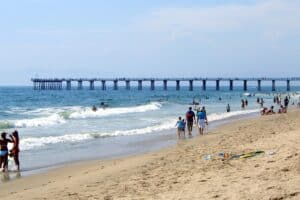This image has an empty alt attribute; its file name is Playa-Hermosa-300x200.jpg